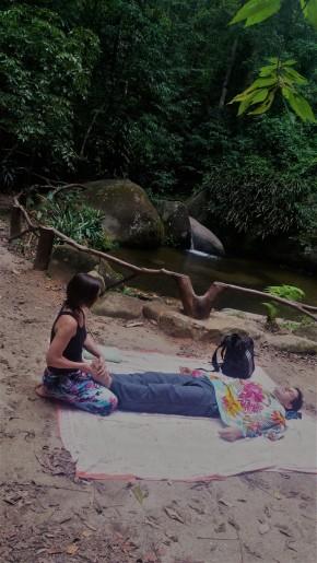 Prática de Thai YogaMassagem
